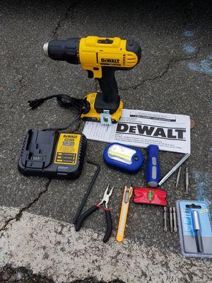 New dewalt 20v MAX drill/driver kit for Sale in Ashburn, VA