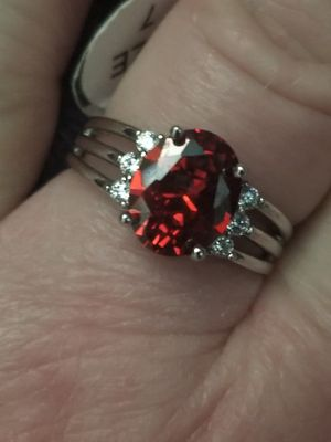 Beautiful 925 silver red garnet ring. Size 7. for Sale in Salt Lake City, UT