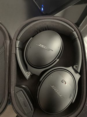 Bose QC35 for Sale in Ridgefield, WA
