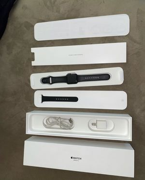 Apple Watch series 3 gps/cellular for Sale in Spring Valley, CA