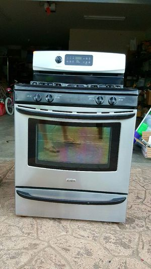 """Gass Range Canmore 30"""" for Sale in Ferndale, WA"""