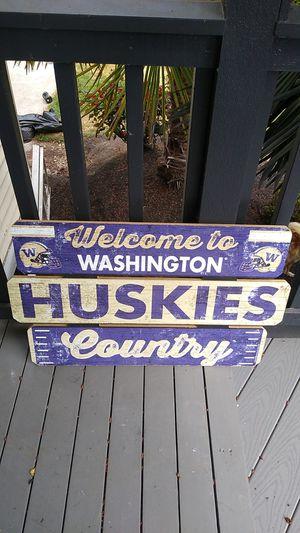 Huskies sign for Sale in Sumner, WA