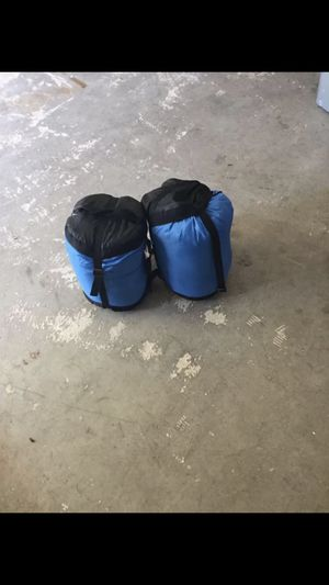3 sleeping bags for Sale in Jackson Township, NJ