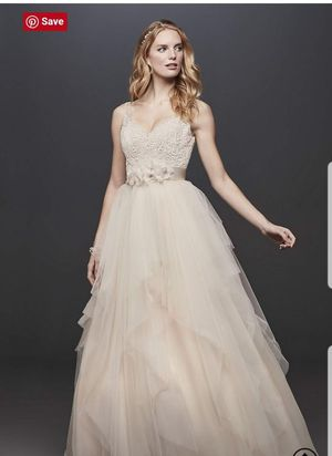 Wedding dress never used size 14 for Sale in Salinas, CA