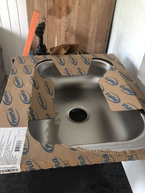 Brand new 25x22 in sink
