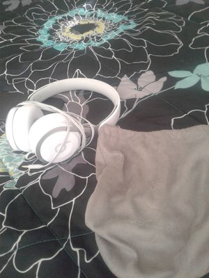Beats esp, iphone 7, roku stick. 200 or best offer for Sale in Tampa, FL