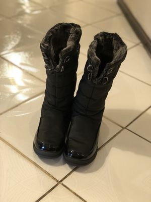 Nice black boots for girl excellent shape size 2 ——$12 for Sale in Aurora, CO