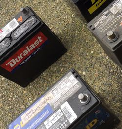 Used Car Batteries 2020 Few Month Old for Sale in Kent,  WA