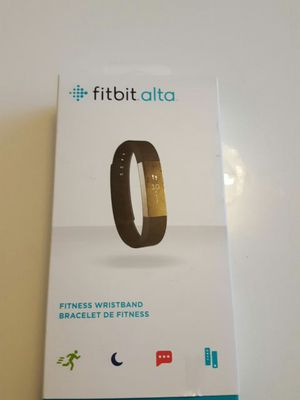 Black Fitbit Alta Small (Fitness Wristband) for Sale in Silver Spring, MD