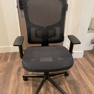 Black Mesh Office Chair for Sale in Sunnyvale, CA