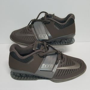 Nike Mens Romaleos 3 Viking Quest Weightlifting Training Shoes Sz 8.5 AQ0628-200 for Sale in Augusta, GA