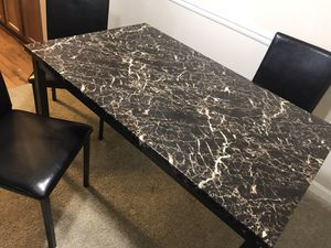 Dining room table/ 4 chairs 1 year use for Sale in Alpharetta, GA