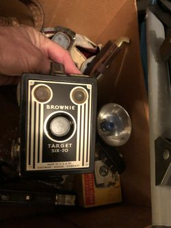 Box Of Old Cameras for Sale in Hewitt,  TX