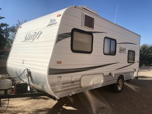 2013 Jayco Swift travel trailer. 18 foot. excellent condition for Sale in Queen Creek, AZ