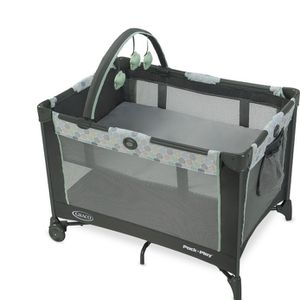 Graco Pack -N-Play playpen complete with bassinet net and toys for Sale in Carson, CA