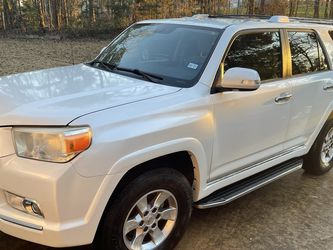 Toyota 4Runner - SR5 - 2012 - Meticulously Upkept And Maintenanced for Sale in Flint,  TX