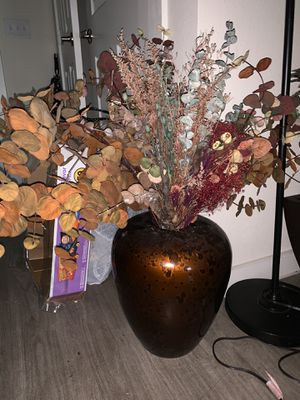 Flowers & pot for Sale in Austin, TX