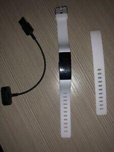 Fitbit Inspire HR Fitness Tracker SM/LG White for Sale in Philadelphia, PA