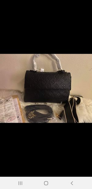 Black bag for Sale in South Gate, CA