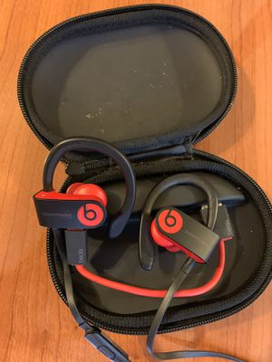 Beats Powerbeats 3 with Mophie charging case for Sale in Fort Lauderdale, FL