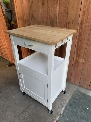 """Small kitchen cart 36""""x22""""x18"""" for Sale in Compton, CA"""