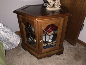 Antique side table for Sale in Sebring, FL