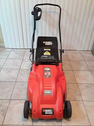 Black and decker electric lawnmower for Sale in Phoenix, AZ
