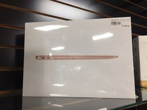 MacBook Air 2020 1.1ghz i3 8gb ram 256gb ssd(we finance) for Sale in Fountain Valley, CA