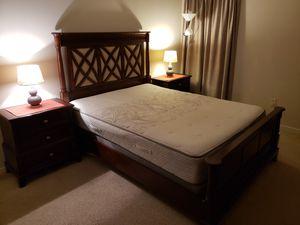 Queen Wooden Bed Set for Sale in Midlothian, VA