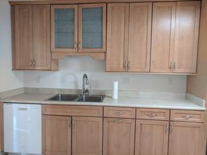 Full Kitchen Cabinets and Appliances for Sale in Tujunga, CA