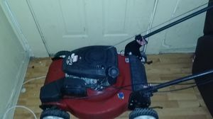 Self repair lawn mower for Sale in Miami, FL