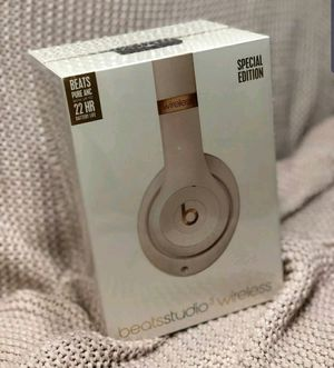 New Porcelain Rose Beats Studio 3 Wireless Headphones for Sale in Selma, CA