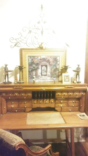 Antique rolltop desk for Sale in San Antonio, TX