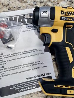 Dewalt 20 V XR Cordless Brushless 3/8 in Compact Impact Wrench Tool Only for Sale in Las Vegas,  NV