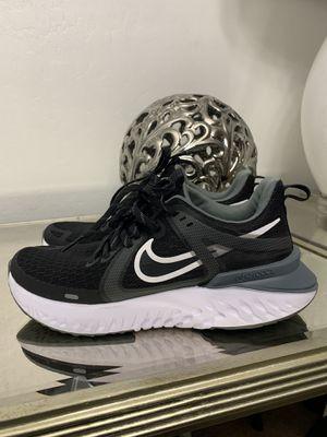 Nike Legend React 2 Men Size 6.5 & Women Size 8 for Sale in Tolleson, AZ