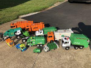 HUGE Lot of Garbage/Trash & Recycle Trucks for Sale in Fredericksburg, VA