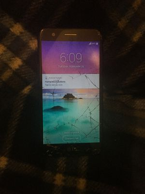 Lg Harmony Samsung Phone (Cracked screen but good condition) for Sale in Aurora, CO