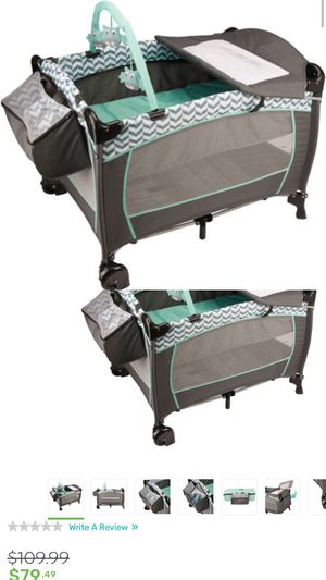 Bassinet with changing table for Sale in Cleveland, OH