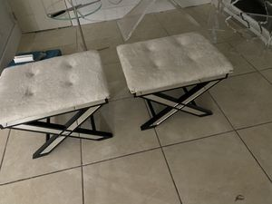 two Bench modern for Sale in Miami, FL