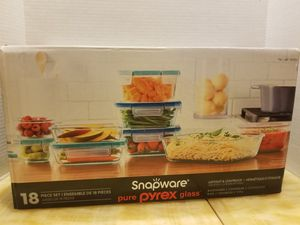 Snapware 18 Piece Glass Food Container Set for Sale in Modesto, CA