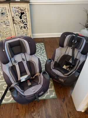 Evenflo symphony 3 in 1 platinum carseats (2 available) for Sale in Suwanee, GA