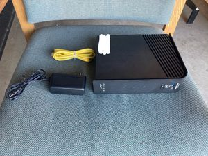 ARRIS SurfBoard 24x8 DOCSIS 3.0 Cable Modem/Router 2 in 1 for Sale in Modesto, CA