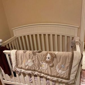 Free Baby Bed, LWH Is 55x29x43 for Sale in Arcadia, CA