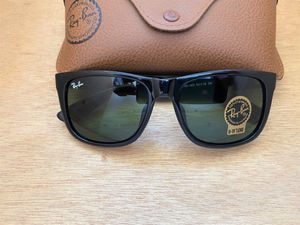 Brand New Authentic RayBan Justin Sunglasses 100% UV Protectant for Sale in Houston, TX