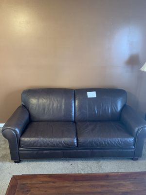 Leather couch (Broy Hill) for Sale in Rockvale, TN