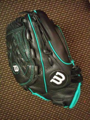 Baseball mitt glove for Sale in Oakland, CA