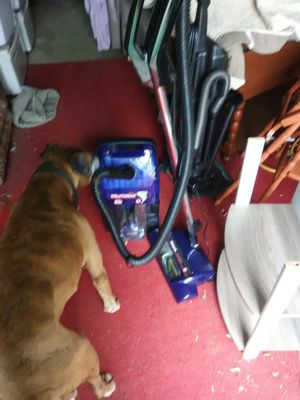 Hoover's WindTunnel vacuum for Sale in Oceanside, CA