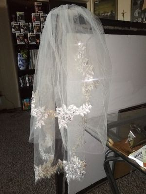 Champagne veil for Sale in Fresno, CA