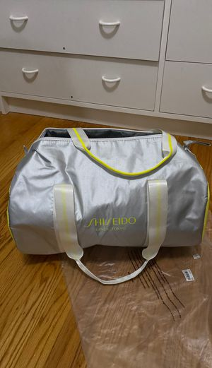 Duffle bag for Sale in San Leandro, CA