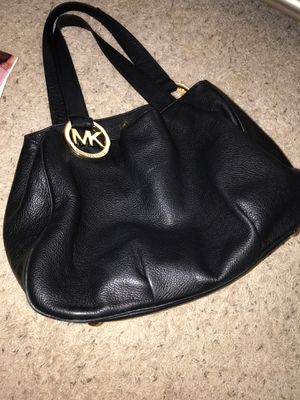 Michael Kors black leather women's purse for Sale in Puyallup, WA
